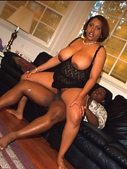Ebont BBW gets her pussy fucked