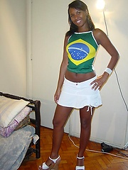 Mocha skin Brazilian amateur poses with and without a big face full of sticky cum