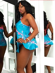 Sexy chocolate baby Buffie shoots for magazine
