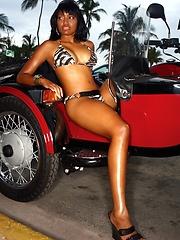 Hot ebony model Lyric showing her amazing brown body