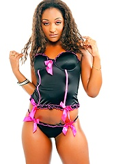 Amazing black babe Cici in sexy lingerie