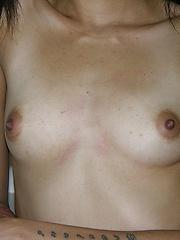 Nude Ebony Teen Isabella Modeling Nude