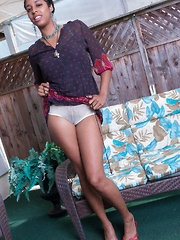 Dharma Grace strips naked in her backyard