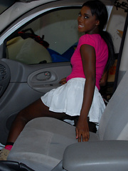 Skinny amateur black teen girl gets naked then gets fucked in the car